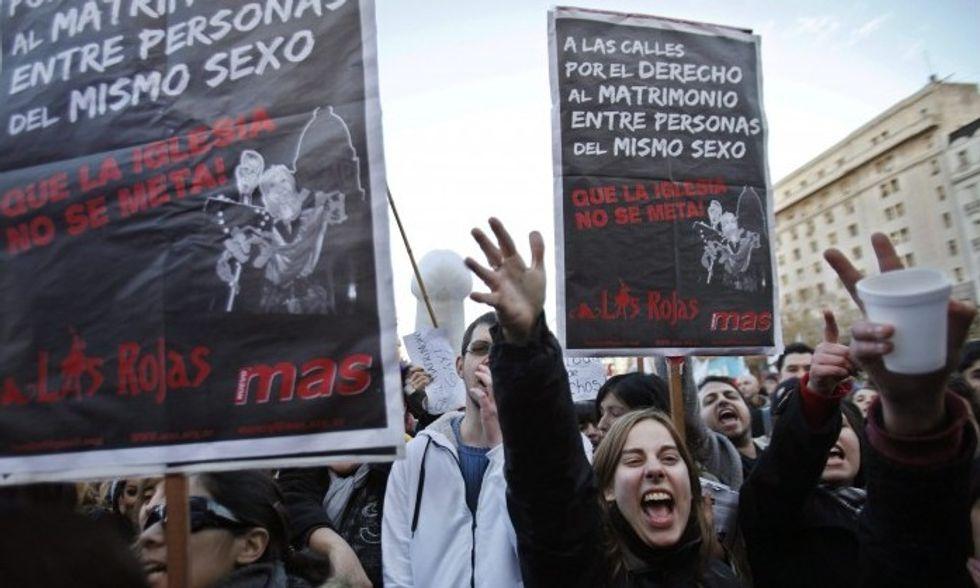Omofobia: peggio dell'Italia, solo la Bulgaria