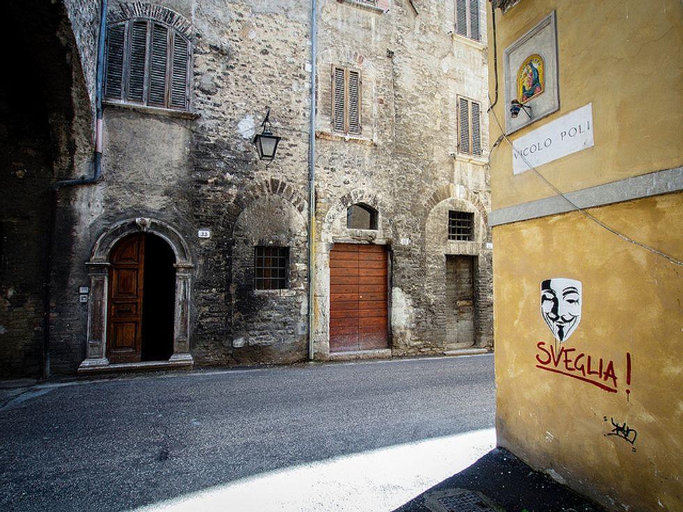 La Polizia italiana ha davvero arrestato gli Anonymous?