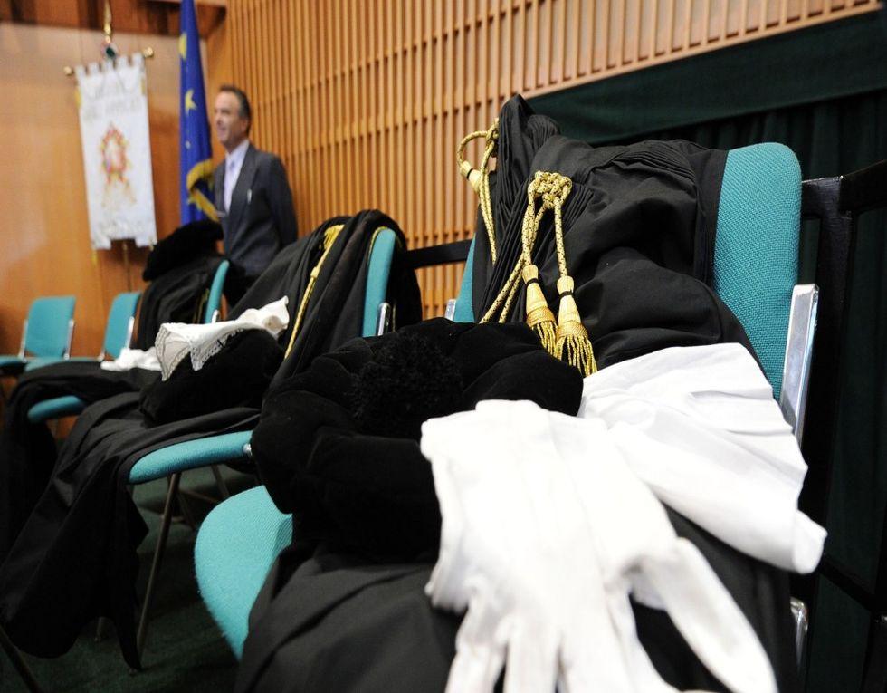 Caso Mulè: record di querele per i magistrati