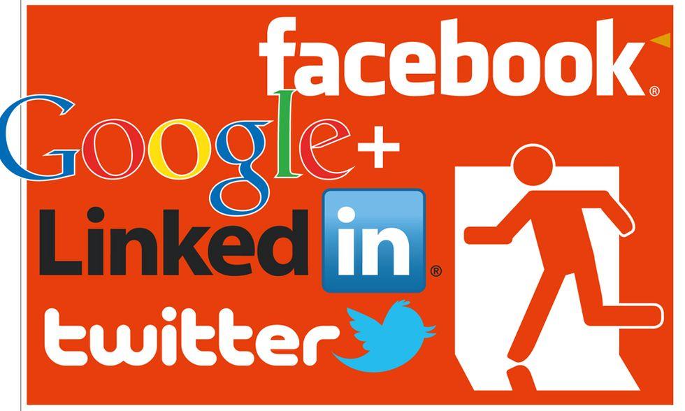 Uscire dai social network, che strazio