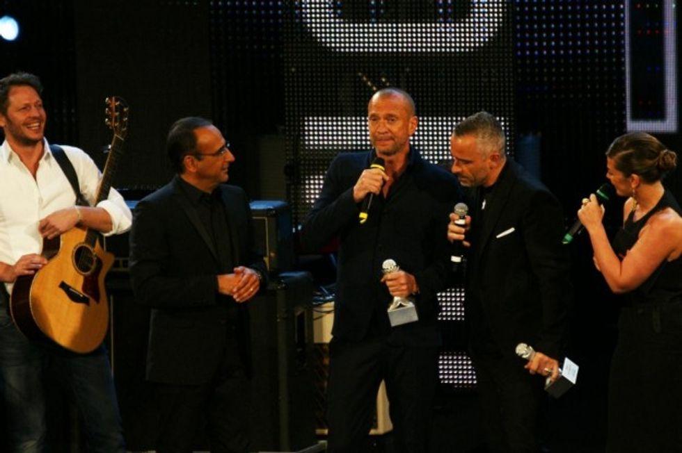 Ascolti 03/06: ai Wind Music Awards, Biagi Antonacci batte Fiorello e Renato Zero