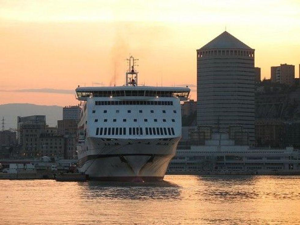 Traghetti & tariffe d'oro: la guerra degli armatori