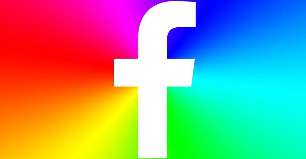 Come colorare i post su Facebook
