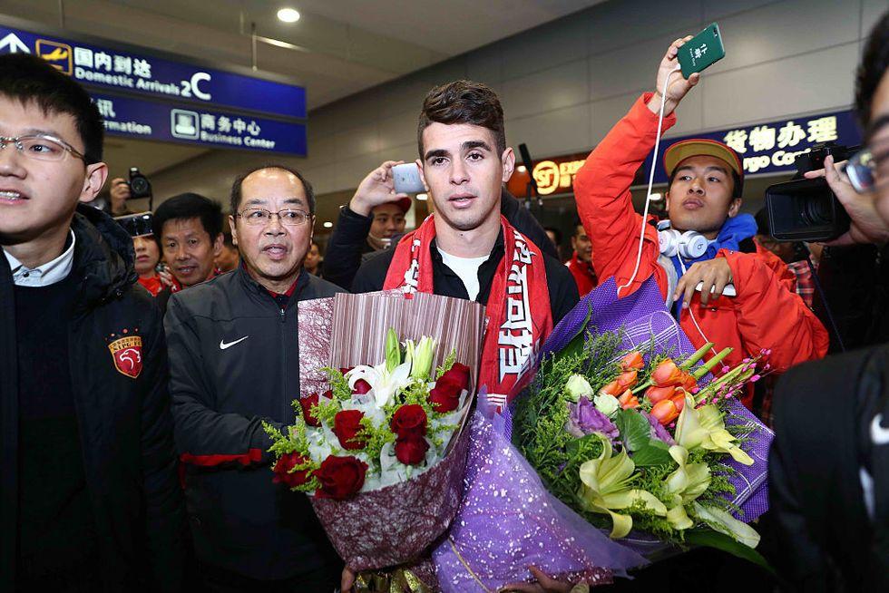 Calciomercato boom, la Cina ci ripensa? Tetto agli stipendi delle star