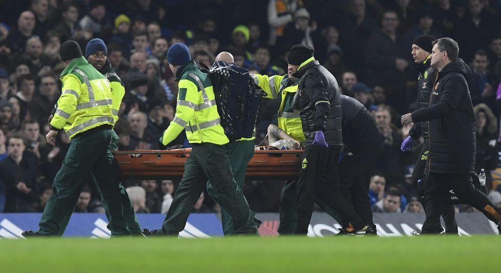Premier League choc: Mason, frattura al cranio contro il Chelsea