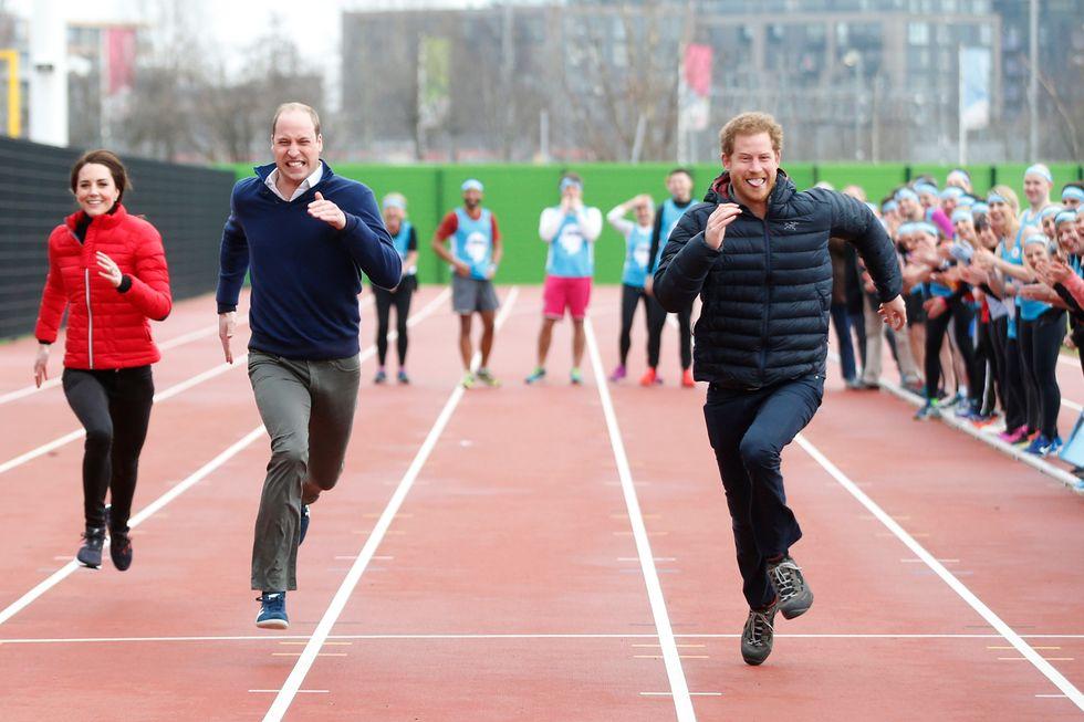 La corsa di beneficenza di William, Kate e Harry