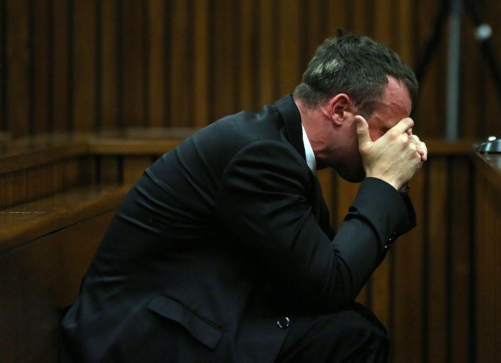 Pistorius in lacrime e altre foto del giorno, 07.04.2014