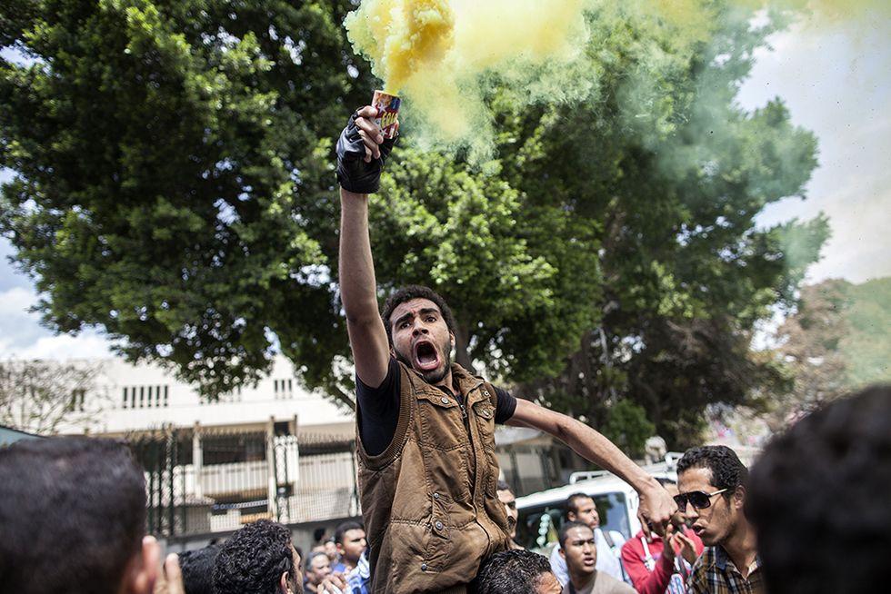 In piazza per Morsi al Cairo e altre foto del giorno, 09.04.2014