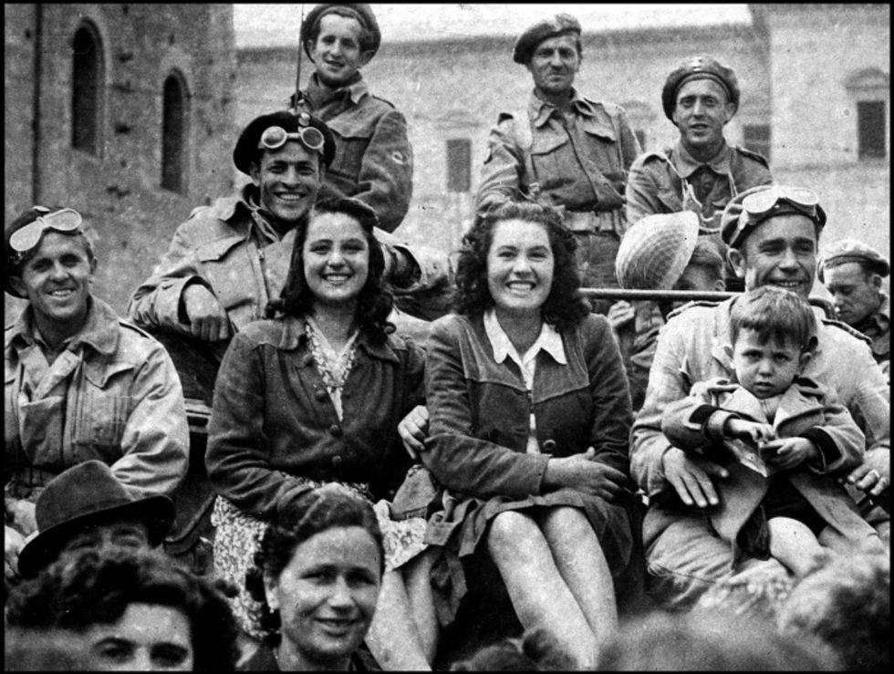 25 aprile 1945, le foto della Liberazione