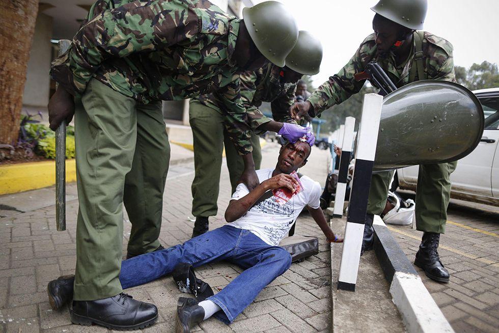 Gli studenti in rivolta a Nairobi