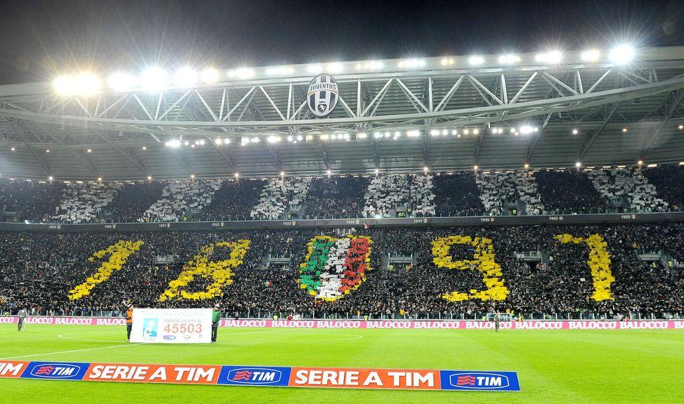 Cori anti-Napoli: stangata sulla Juve