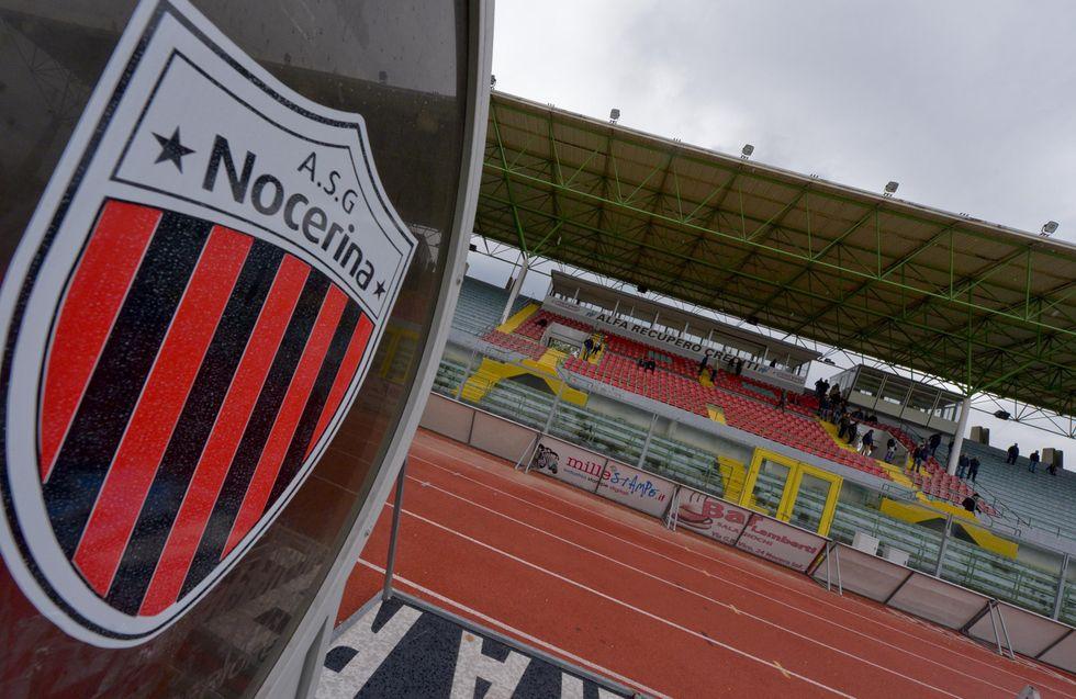 A Nocera comandano gli ultras: stadio vuoto
