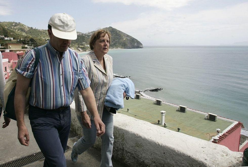 Discovering Ischia's underwater treasures