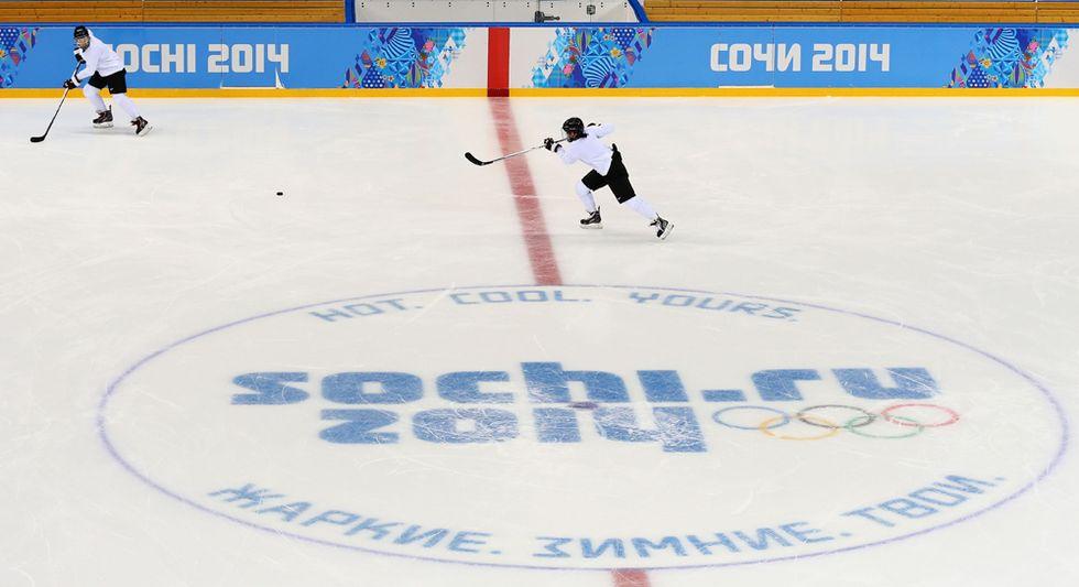 Hockey su ghiaccio: l'importante è partecipare