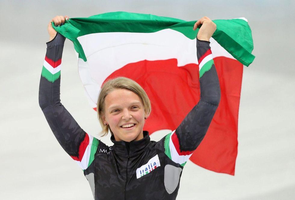 Short track: Arianna Fontana medaglia d'argento dopo la caduta