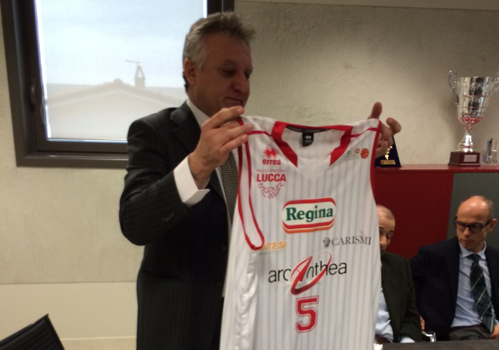 Lucca trova il super-sponsor e... si ritira