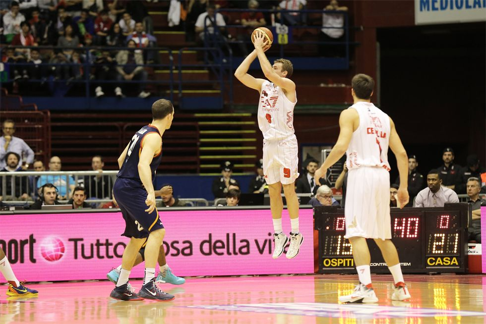 Serie A: Milano va, Drake Diener da 44 punti