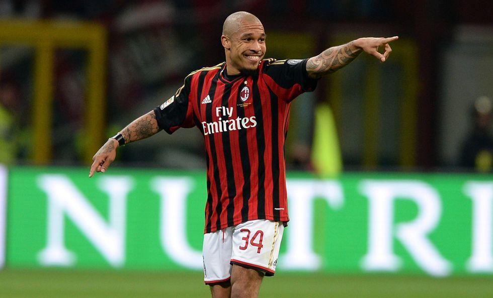Milan - Inter 1-0, decide De Jong