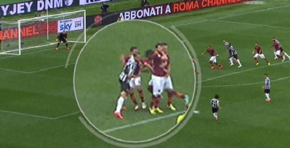37° giornata - Chiellini da rosso. Errori contro Bologna e Cagliari