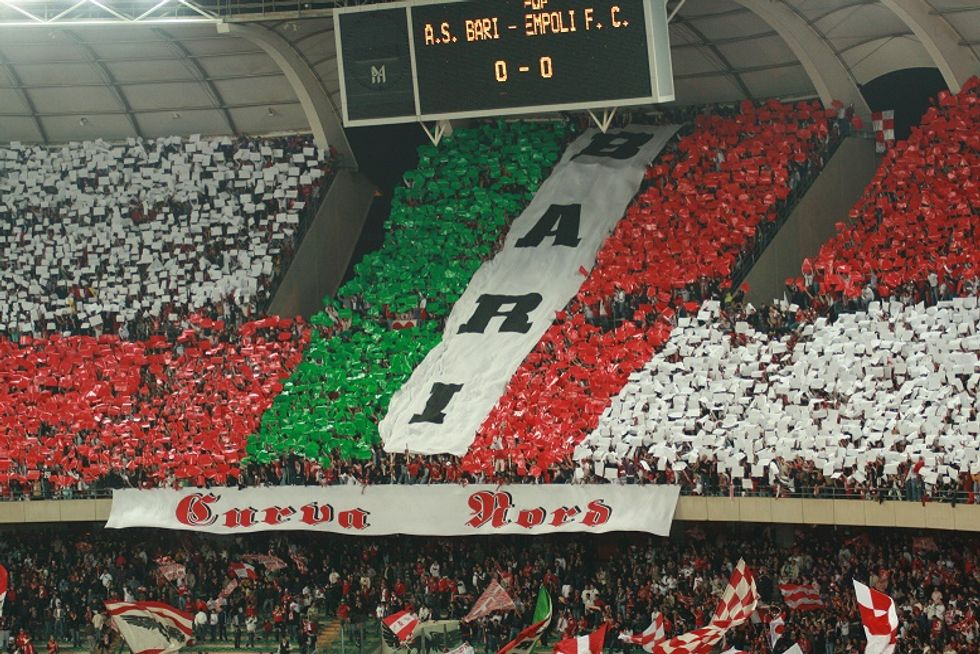 """Paparesta compra """"la Bari"""", le reazioni dei tifosi"""