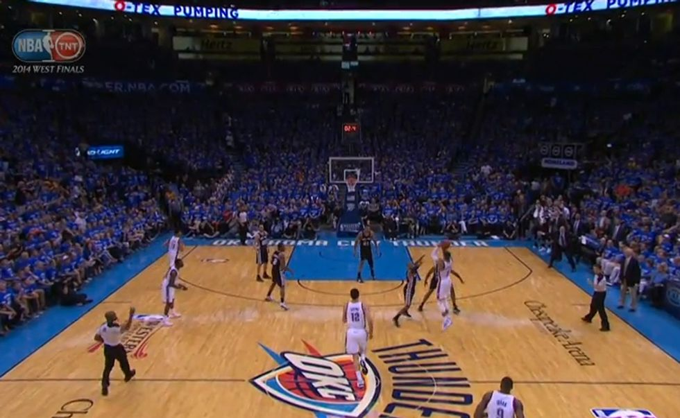 """Nba, playoff: la tripla """"da casa"""" di Westbrook"""