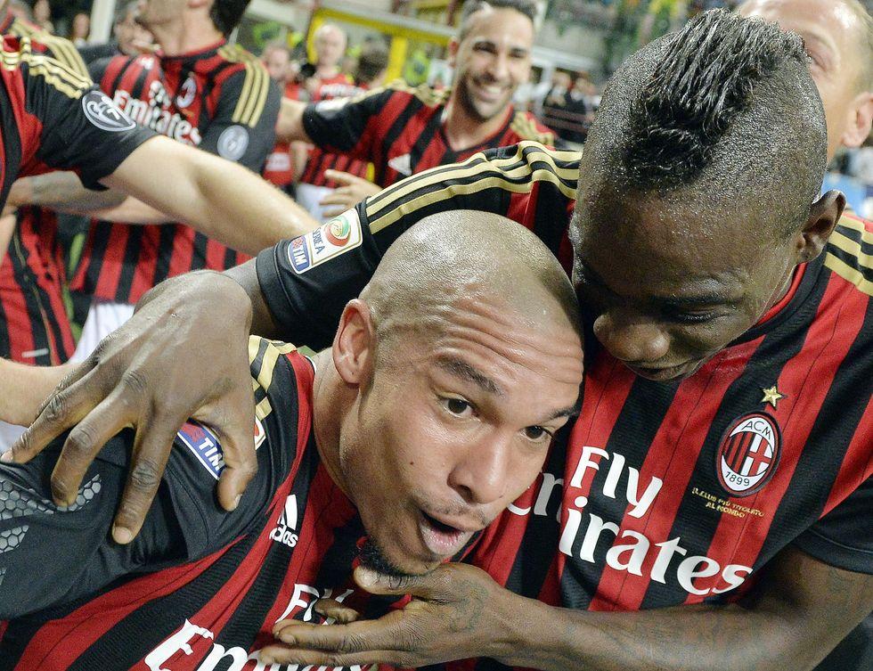 Il Milan perde gli olandesi: via anche De Jong