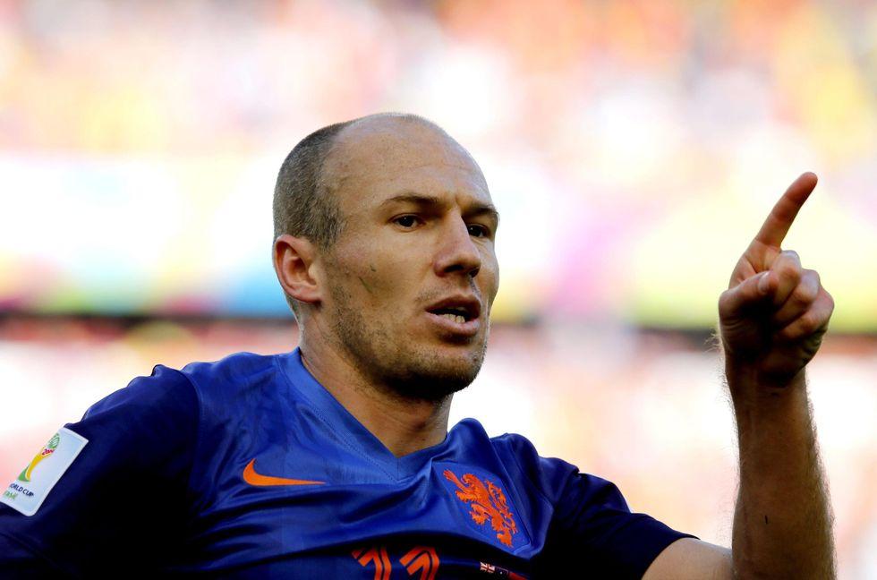 Olanda qualificata, ma che fatica: ancora Robben e Van Persie