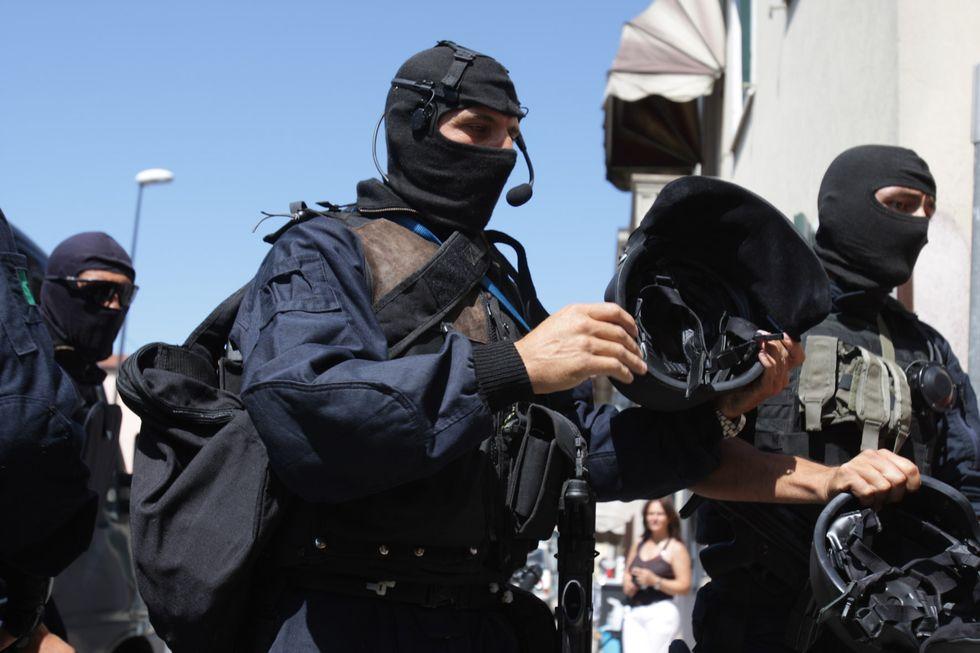 carabinieri del Gis