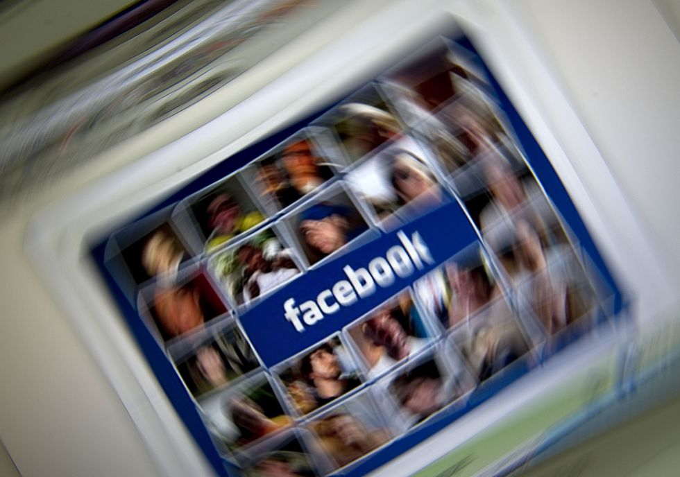 Facebook: ammessi i video con decapitazioni. Perché è un errore
