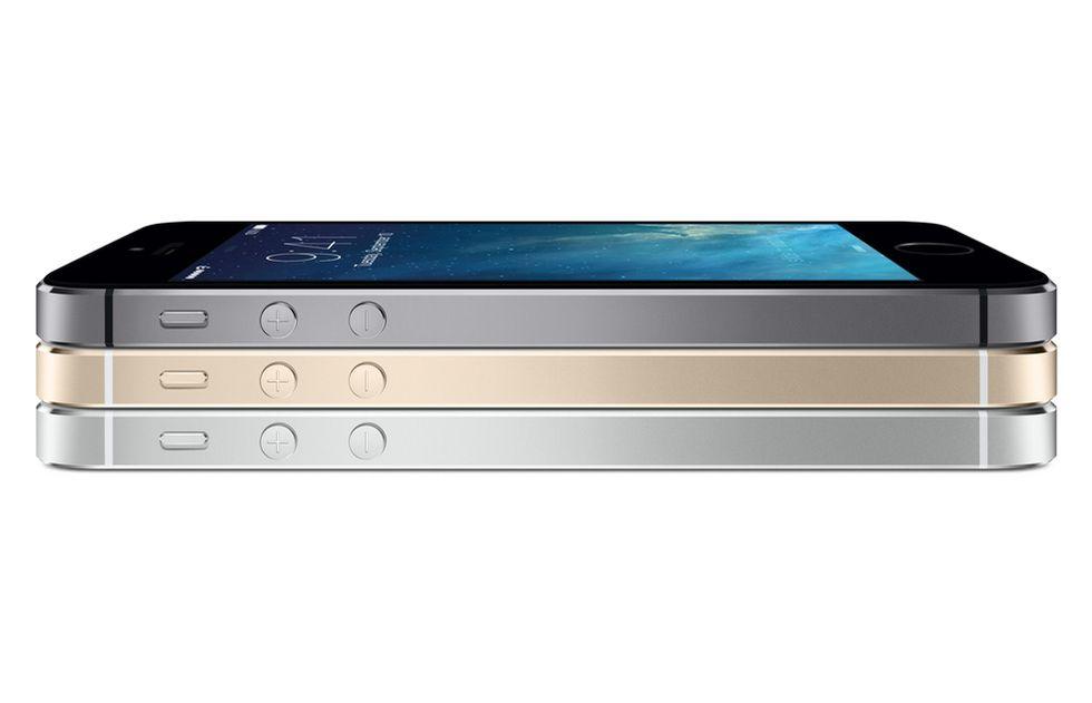 iPhone 5S: tre motivi per comprarlo (e tre per non farlo)