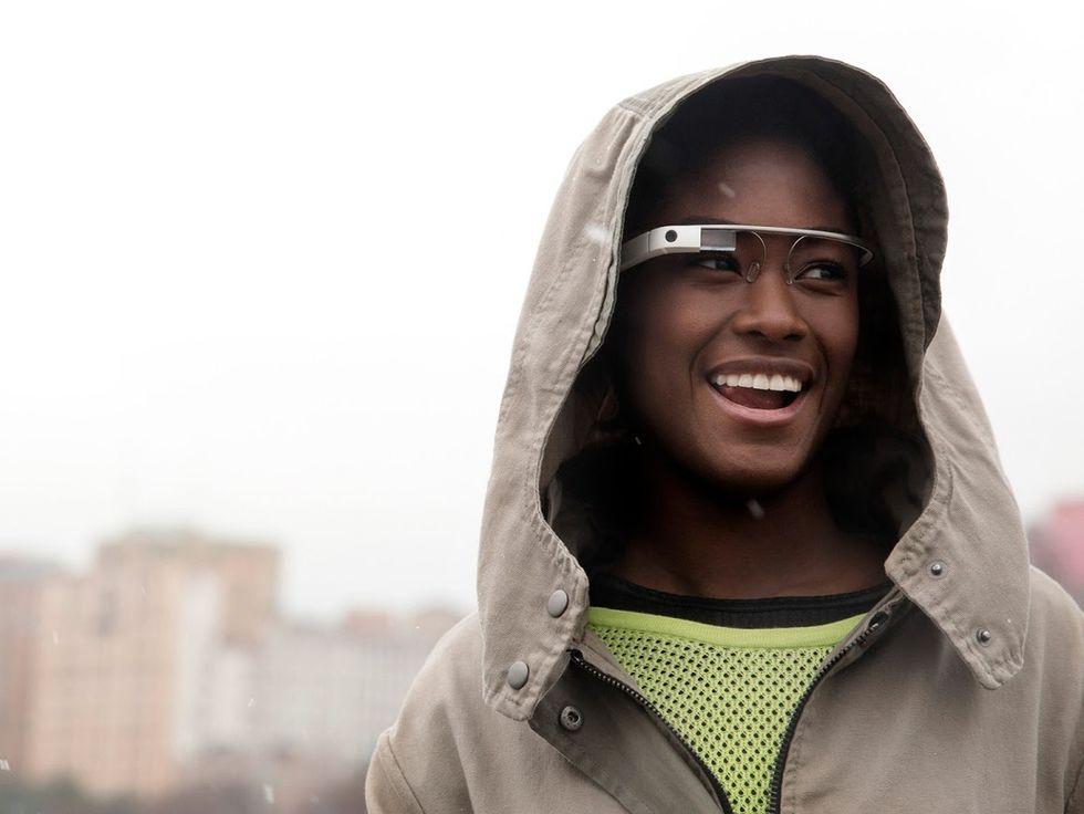 Google Glass, la grande G corregge gli errori (e le diottrie)