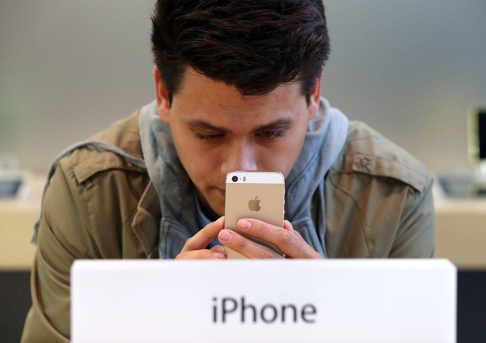 Alcuni iPhone 5S hanno la batteria difettosa. Parola di Apple