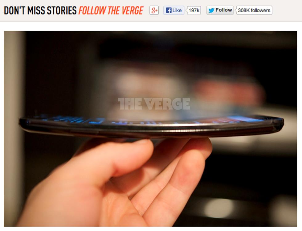 LG G Flex: lo smartphone dallo schermo curvo