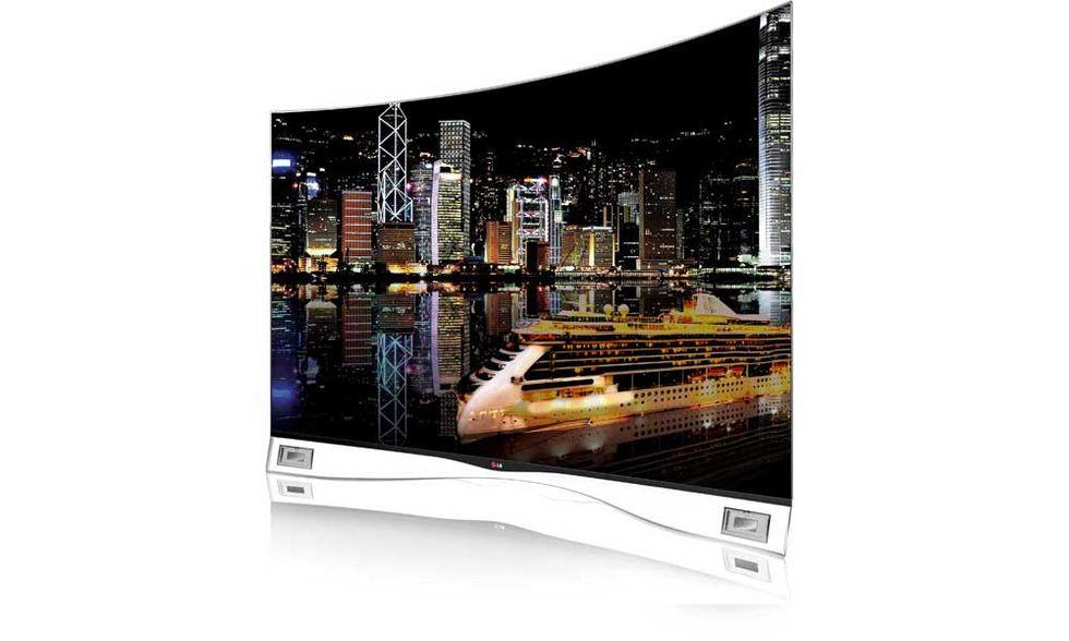 LG: il primo TV Oled con lo schermo curvo