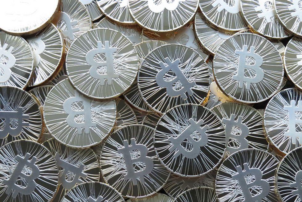Bitcoin, così si guadagna illegalmente
