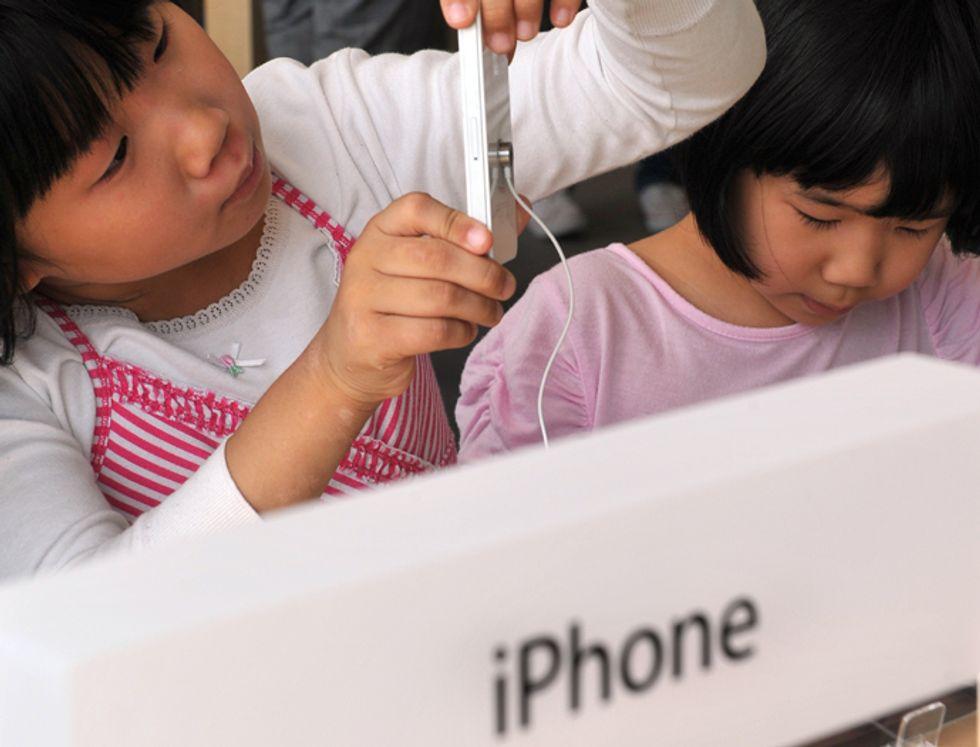 Apple: 32 milioni di rimborsi per gli acquisti dei baby-utenti