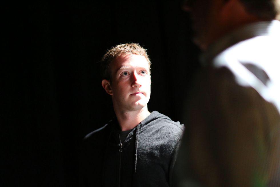 Facebook rischia di perdere l'80% dell'utenza. Ma è già corso ai ripari