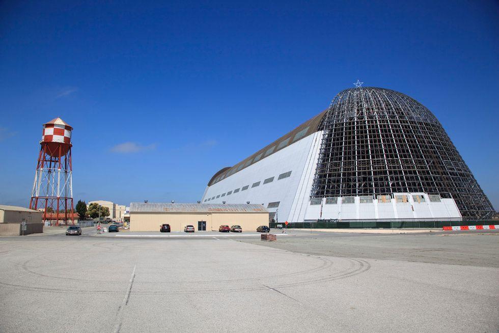 Google ora ha il suo aeroporto militare. Skynet è sempre più vicina
