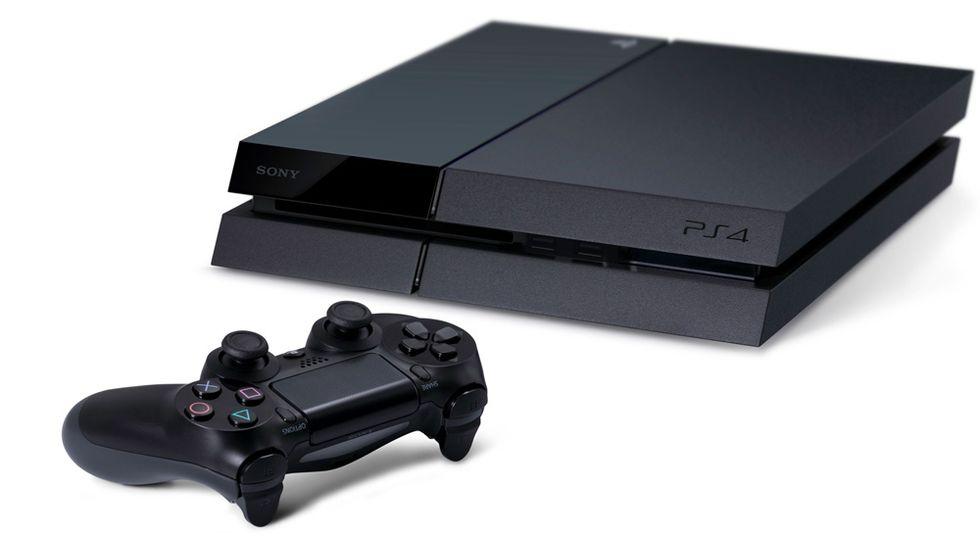 PS4 vende il doppio di Xbox One