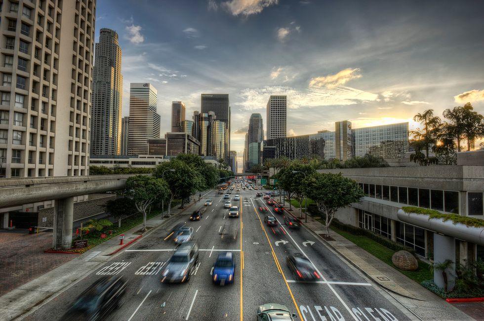 Le auto del futuro parleranno tra loro, eliminando incidenti e traffico