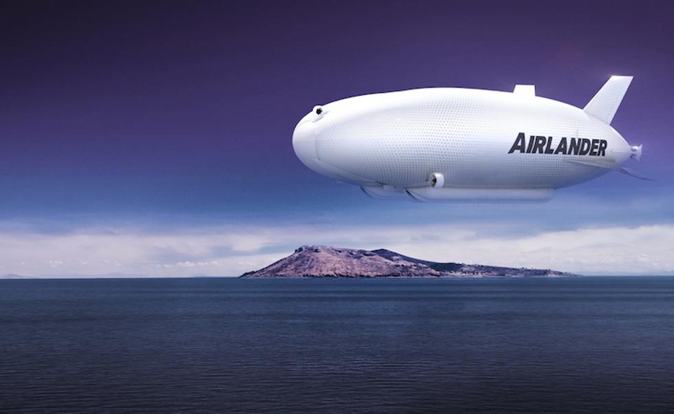 Airlander, l'aereo infinito che vola per settimane e atterra dappertutto