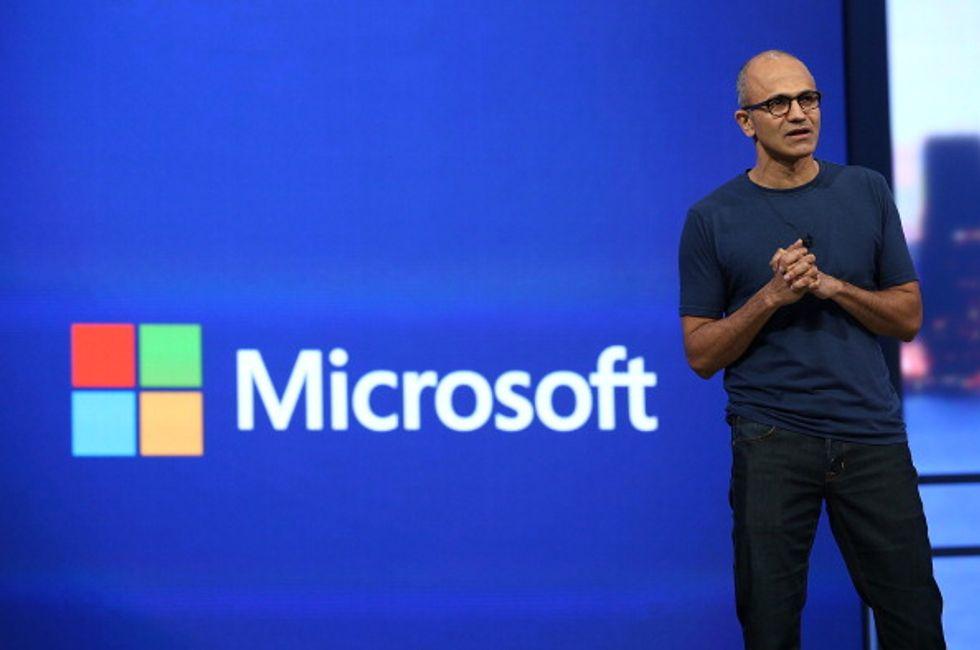 Microsoft: o si cambia o si muore