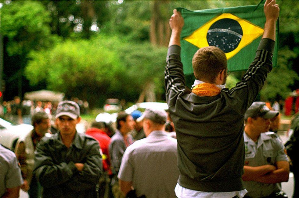 Il Brasile approva la Carta della Rete