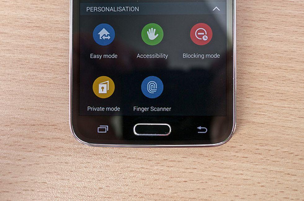 Samsung Galaxy S5: hackerato lo scanner di impronte