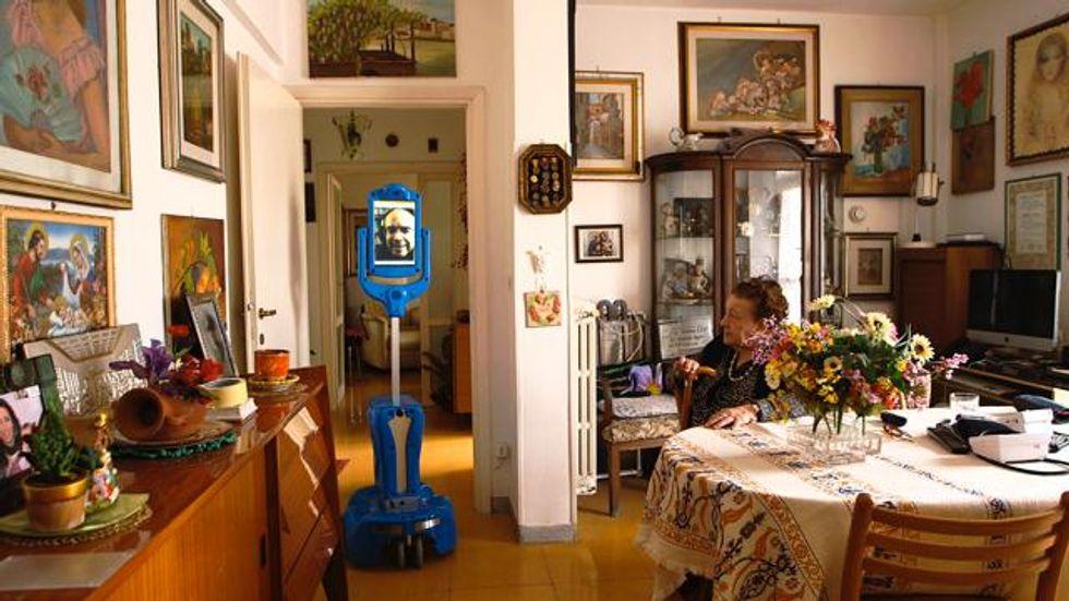 GiraffPlus: il tuo prossimo badante è un robot