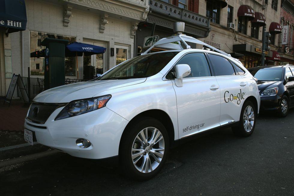 Google-car, la macchina che si guida da sola non è un'illusione. Guardare per credere