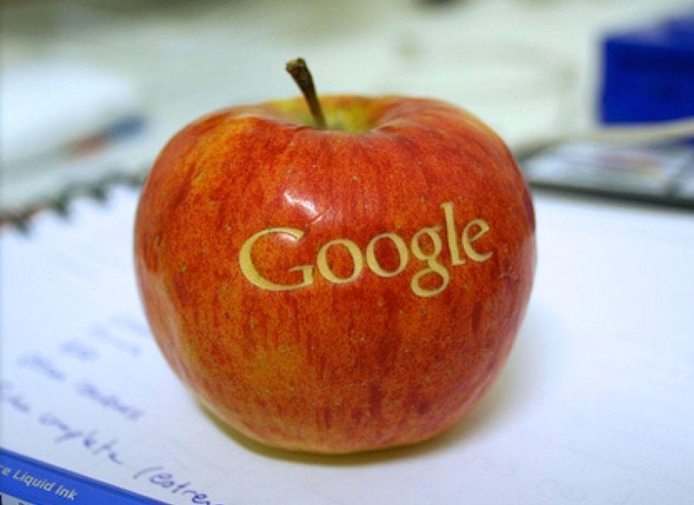 Apple e Google firmano una tregua nella guerra dei brevetti