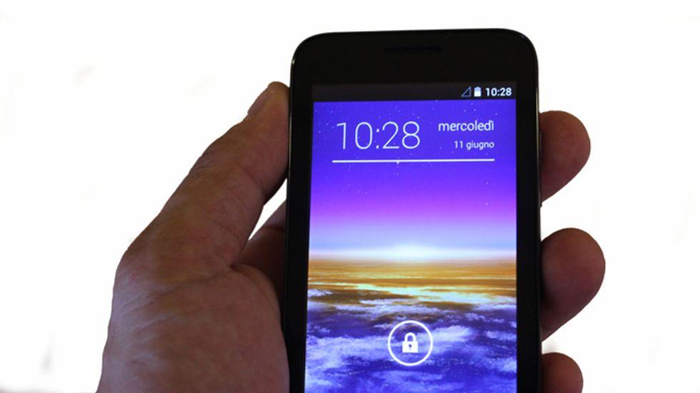Vodafone Smart 4 Mini: tre motivi per comprarlo e tre per non farlo