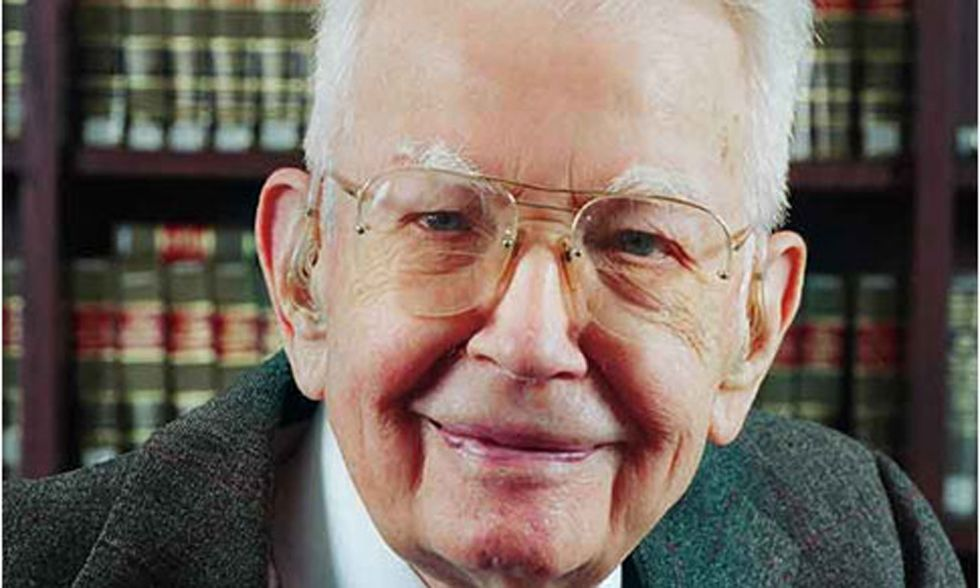 Addio a Ronald Coase, premio Nobel per l'economia