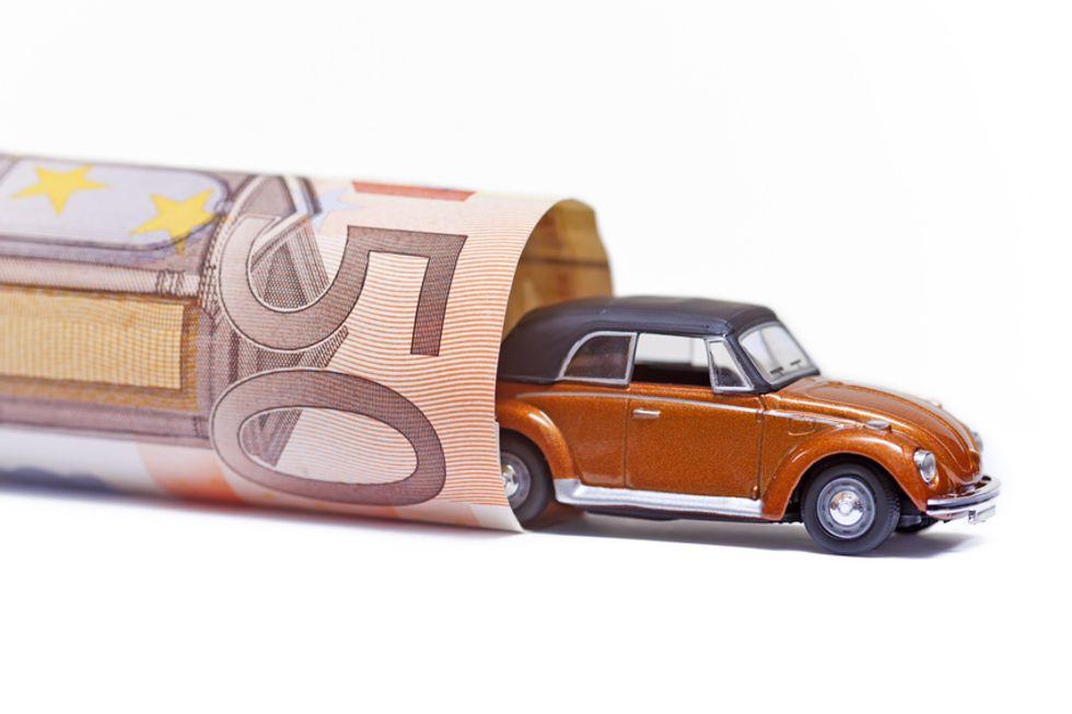 Rc Auto, tutti i rincari e gli sconti per gli assicurati
